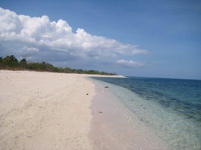 sta-cruz-pink-beach-zamboanga